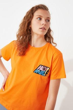 TRENDYOLMİLLA Turuncu Baskılı Semifitted Örme T-Shirt TWOSS21TS2534 1