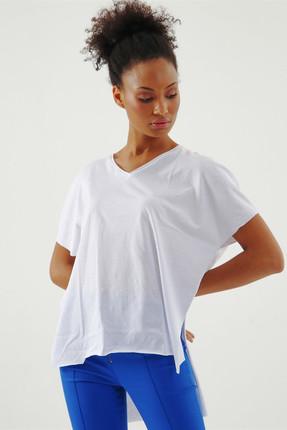 Jument Kadın Beyaz Süprem V Yaka Yırtmaçlı Bluz 7006 0