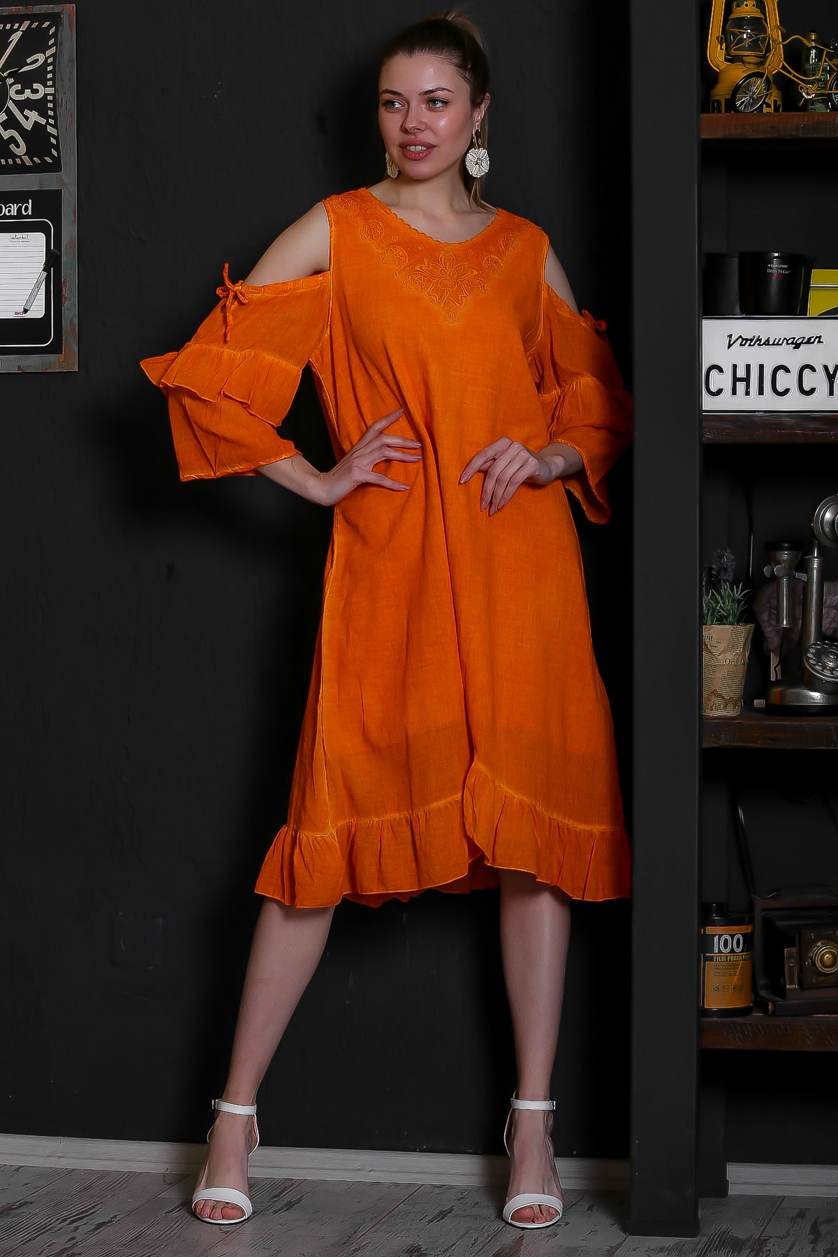Chiccy Kadın Turuncu Dantel Yakalı Omuzları Pencereli Volanlı Astarlı Yıkamalı Elbise M10160000EL95361 1