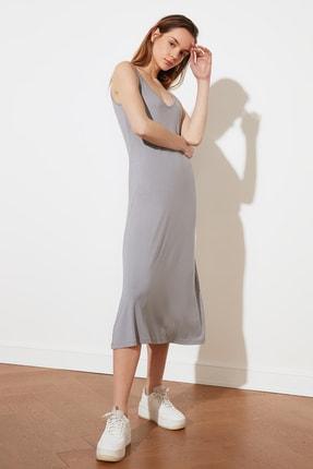 TRENDYOLMİLLA Gri Askılı Örme Elbise TWOSS19VG0313 1