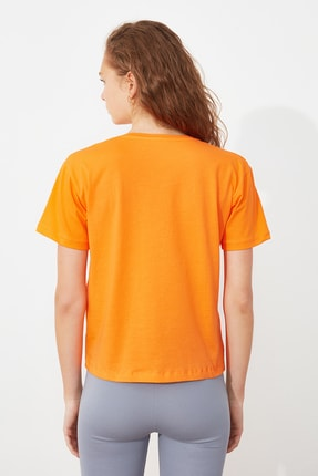 TRENDYOLMİLLA Turuncu Baskılı Semifitted Örme T-Shirt TWOSS21TS2534 3