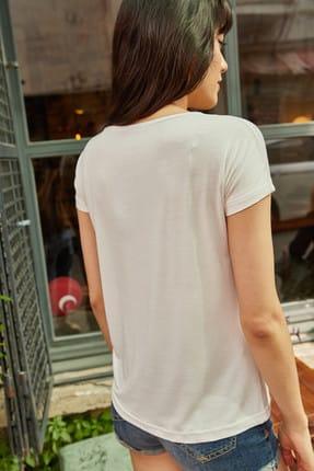 Olalook Kadın Beyaz Yaka Dantelli Salaş Viskon T-Shirt BLZ-19000298 4
