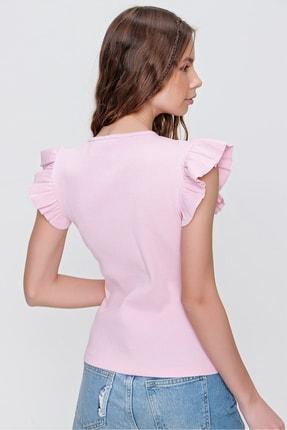 Trend Alaçatı Stili Kadın Pembe Metal Aksesuarlı Kolu Fırfırlı Kaşkorse Bluz ALC-X5978 4