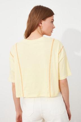 TRENDYOLMİLLA Sarı Loose Crop Örme T-Shirt TWOSS21TS2690 3
