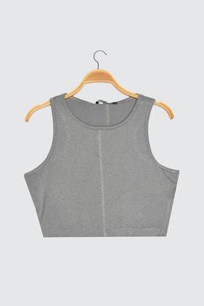 TRENDYOLMİLLA Gri Crop Örme Bluz TWOSS21BZ1759 4