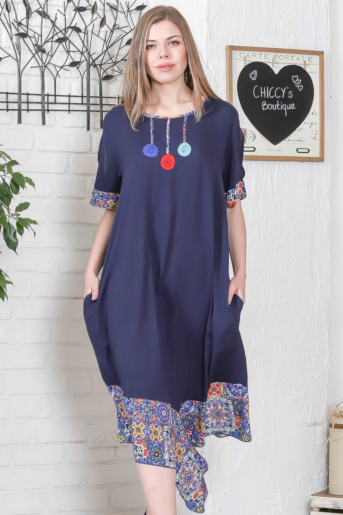 Chiccy Kadın Lacivert El İşi Çiçek İşlemeli Kol Ve Etek Ucu Çini Desen Bloklu Cepli Elbise M10160000EL95276 0
