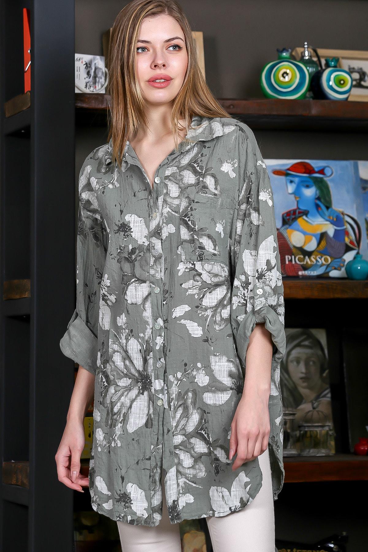 Chiccy Kadın Yeşil İtalyan Çiçek Desenli 3/4 Kol Ayarlı Yanı Yırtmaçlı Tunik Gömlek M10010400GM99439 0