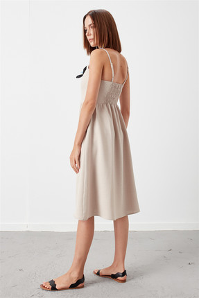 Journey Kadın Bej Ön Orta Tüm Düğmeli İnce Askılı Torba Cep Kloş Elbise 18YELB262 2