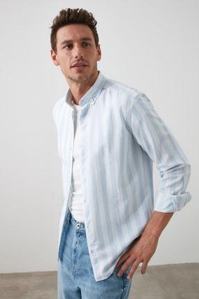 TRENDYOL MAN Mavi Erkek Çizgili Oxford  Slim Fit Gömlek TMNSS20GO0122 1