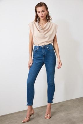 TRENDYOLMİLLA Mavi Paça Detaylı Yüksek Bel Slim Fit Jeans TWOAW21JE0221 2
