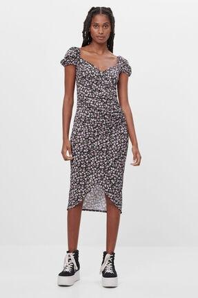 Bershka Kadın Siyah Renkli Desenli Askılı Midi Elbise 3