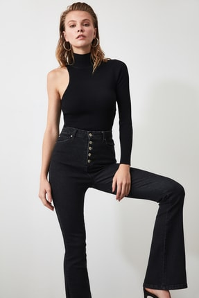 TRENDYOLMİLLA Siyah Önden Düğmeli Yüksek Bel Flare Jeans TWOSS20JE0111 0