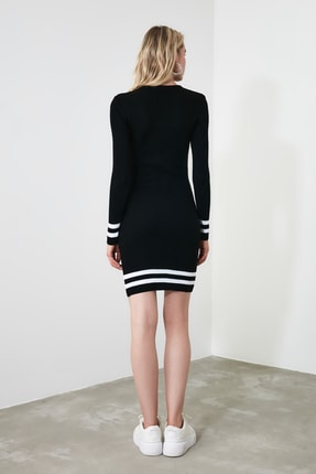 TRENDYOLMİLLA Siyah Etek Ucu Çizgili Triko Elbise TWOAW20EL1274 3