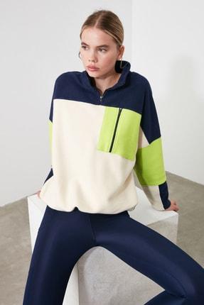 TRENDYOLMİLLA Renk Bloklu Cep Detaylı Spor Sweatshirt TWOAW21SW0170 1