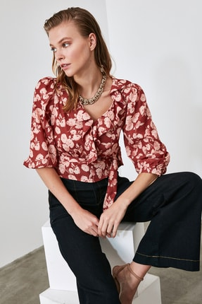 TRENDYOLMİLLA Kiremit Bağlamalı Çiçekli Bluz TWOAW21BZ0278 1