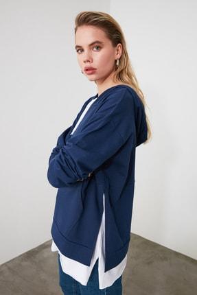 TRENDYOLMİLLA Mavi Kapüşonlu Basic Örme Sweatshirt TWOAW20SW0382 1