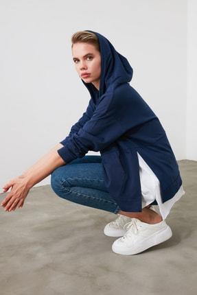 TRENDYOLMİLLA Mavi Kapüşonlu Basic Örme Sweatshirt TWOAW20SW0382 2