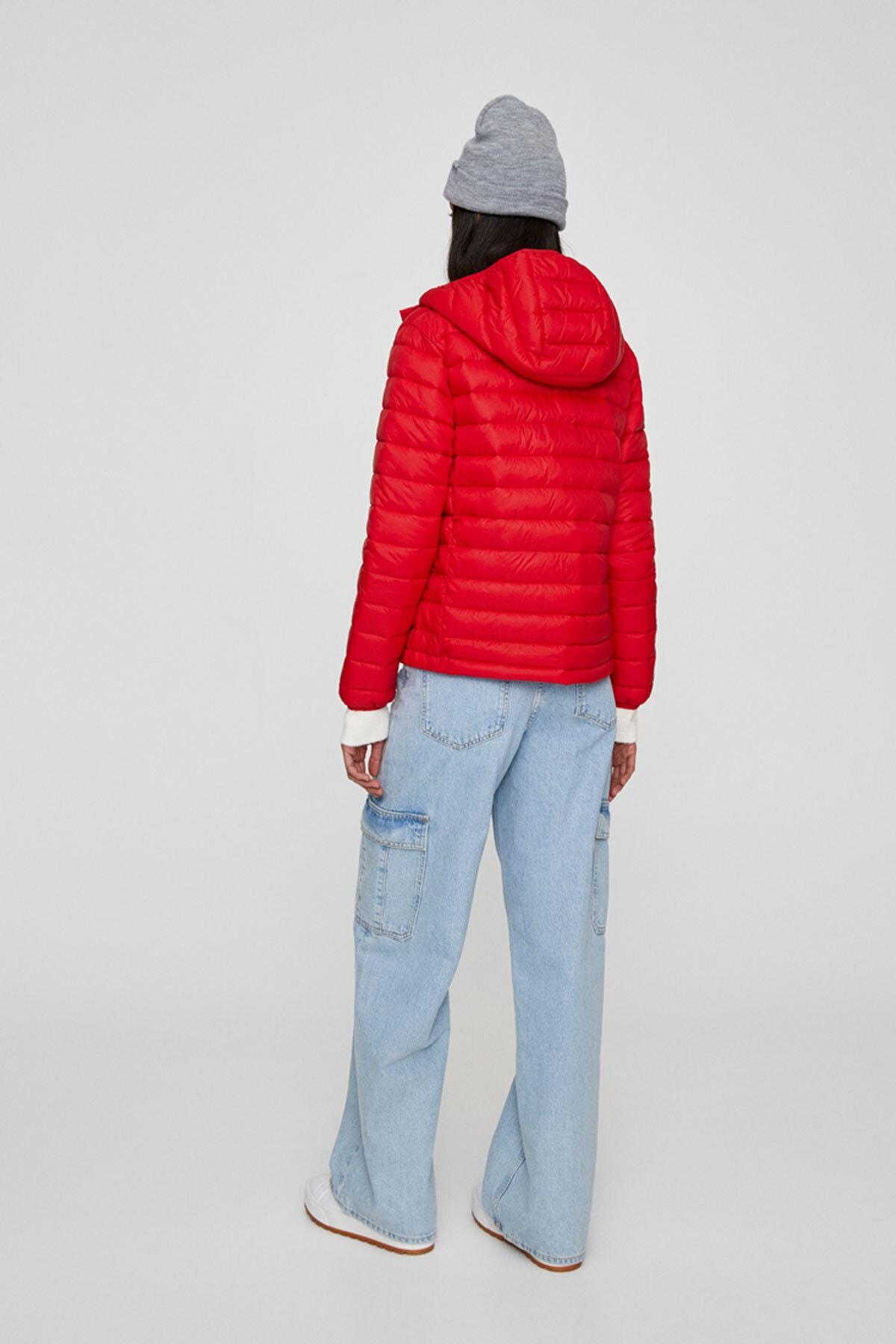 Pull & Bear Kadın Açık Kırmızı Basic Şişme Mont 09714333 1