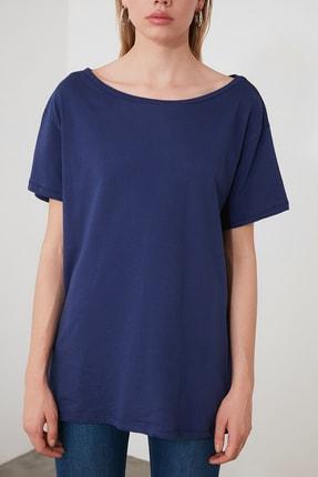 TRENDYOLMİLLA Lacivert %100 Pamuk Kayık Yaka Boyfriend Örme T-Shirt TWOSS20TS0140 3