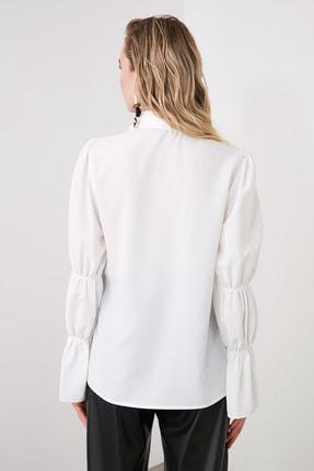 TRENDYOLMİLLA Beyaz Kol Detaylı Gömlek TWOAW20GO0428 4