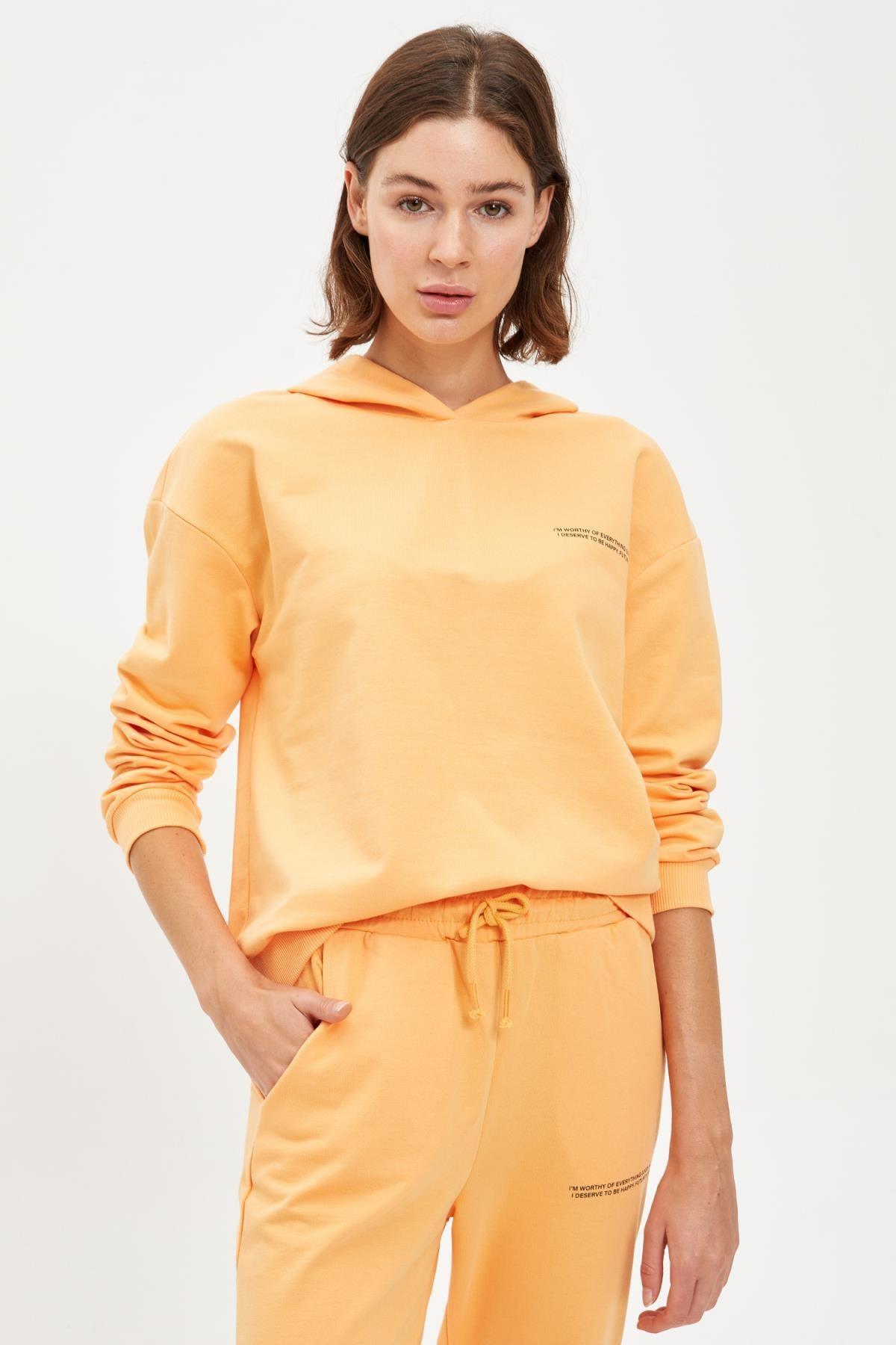 Defacto Kadın Lt.Orange Yazı Baskılı Kapüşonlu Sporcu Sweatshirt S1114AZ20AU 0