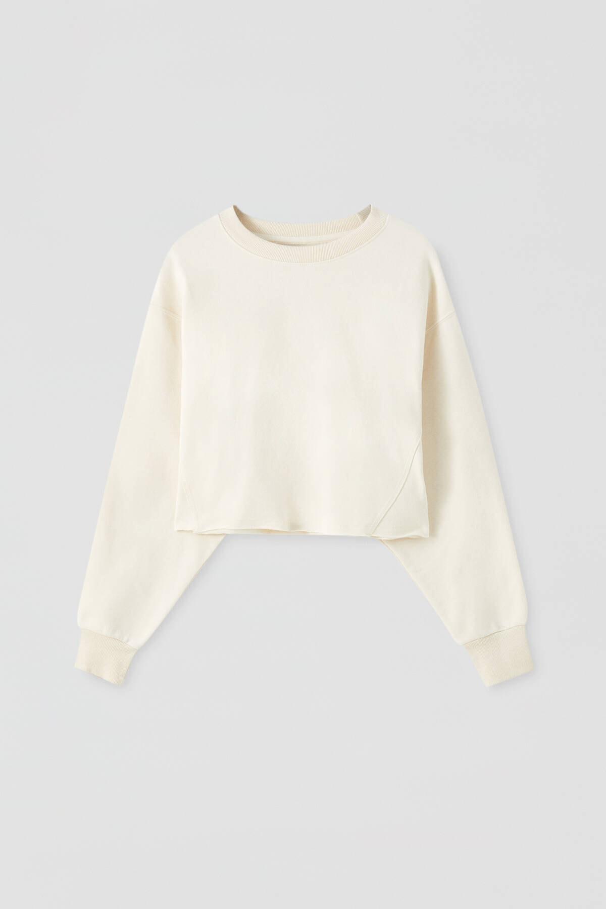 Pull & Bear Kadın Buz Rengi Rahat Crop Fit Sweatshirt 09594315 4