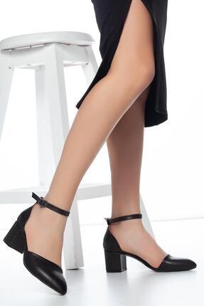 FEMA Kadın Siyah Tek Bant Kısa Topuklu Ayakkabı 1