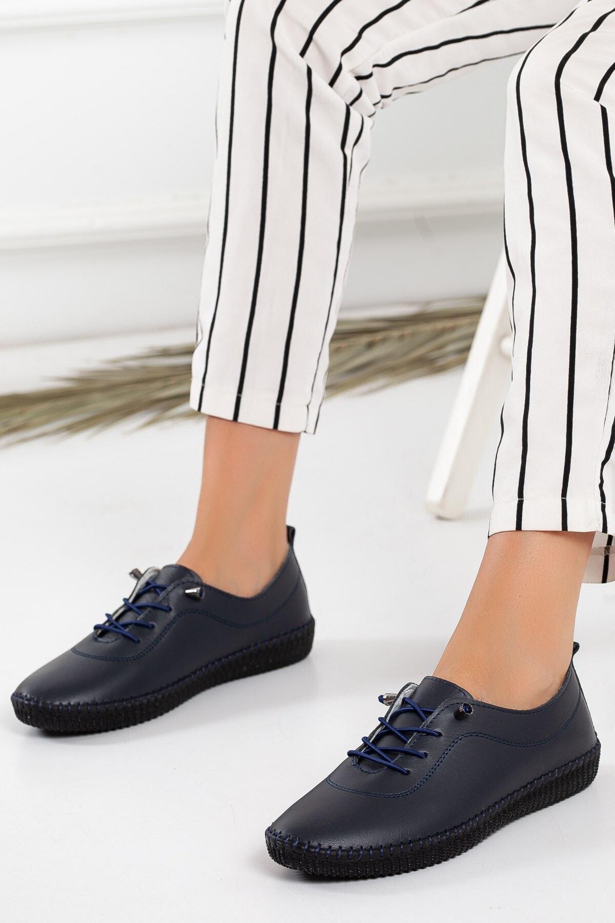 Kadın Lacivert Deri Ortopedik Ayakkabı