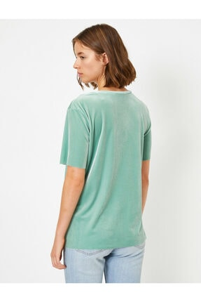 Koton Kadın Yeşil Kadife Kisa Kollu Bisiklet Yaka T-shirt 3