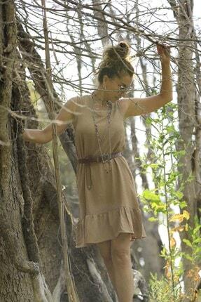 Crep Tekstil Bej Rengi Eteği Fırfırlı Elbise 3