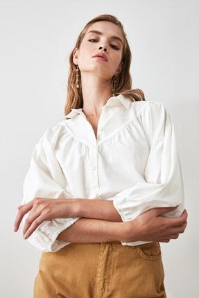 TRENDYOLMİLLA Beyaz Balon Kollu Gömlek TWOAW21GO0353 2