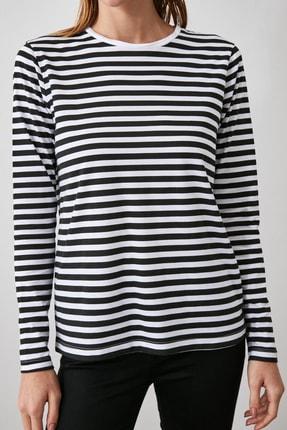 TRENDYOLMİLLA Siyah Beyaz Çizgili Uzun Kollu Bisiklet Yaka Basic Örme T-Shirt TWOAW21TS0098 1