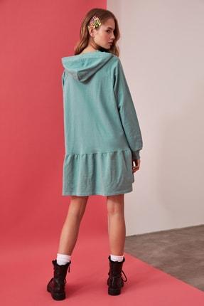 TRENDYOLMİLLA Mint Volanlı Kapüşonlu Örme Sweat Elbise TWOAW21EL0916 3