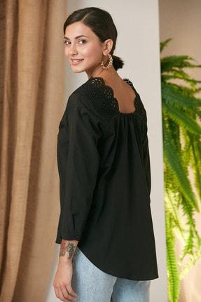 MONAMORE Kadın Sıyah Yakası Dantel Detaylı Bluz 3