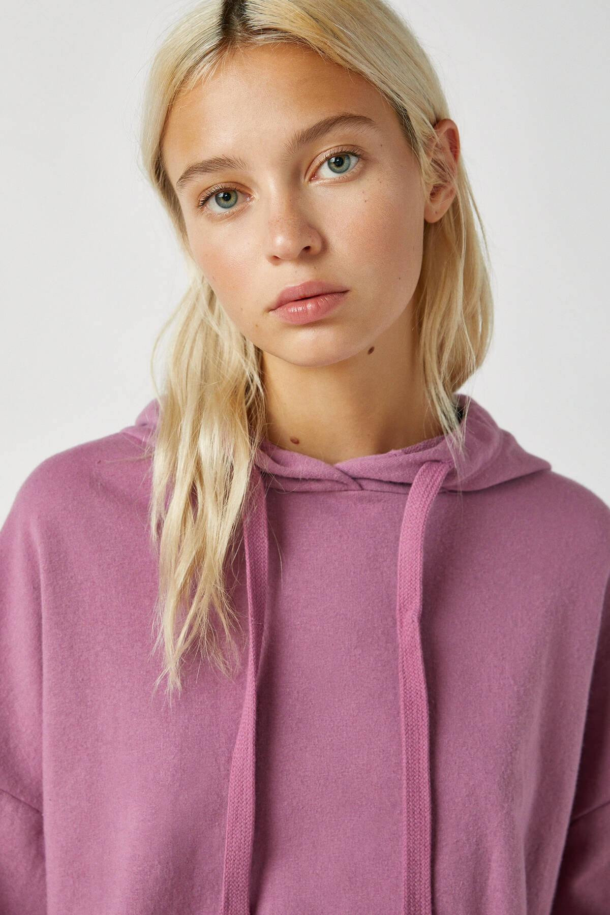 Pull & Bear Kadın Mor Renkli Kapüşonlu Sweatshirt 09594312 3
