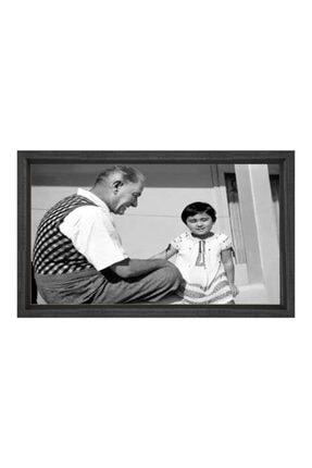 Deniz Çerçeve & Tuval Atatürk Ve Manevi Kızı Ülkü Tablosu Kahverengi Ahşap Çerçeve-100x150 0