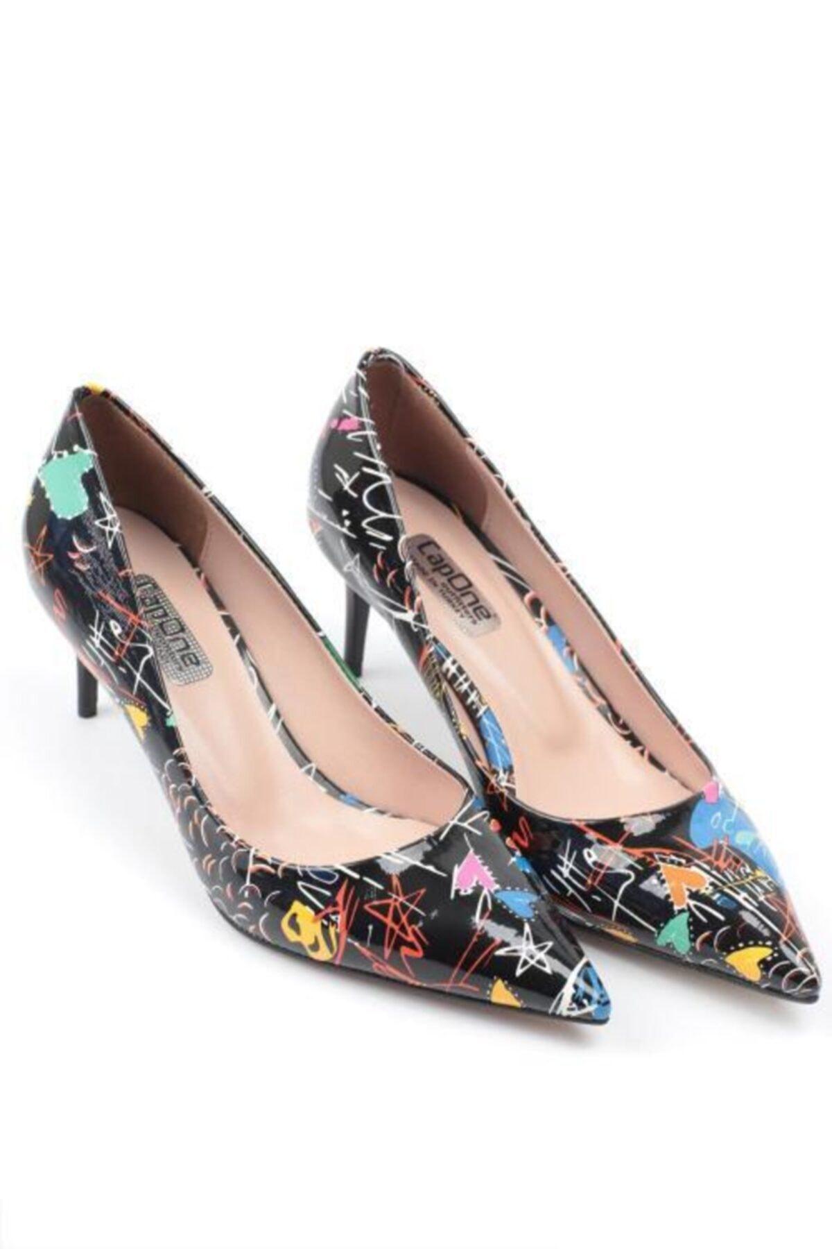 Capone Outfitters Kadın Siyah Sivri Burun Topuklu Ayakkabı