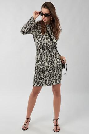 Cool & Sexy Kadın Ekru Siyah Yılan Görünümlü Elbise K931 1