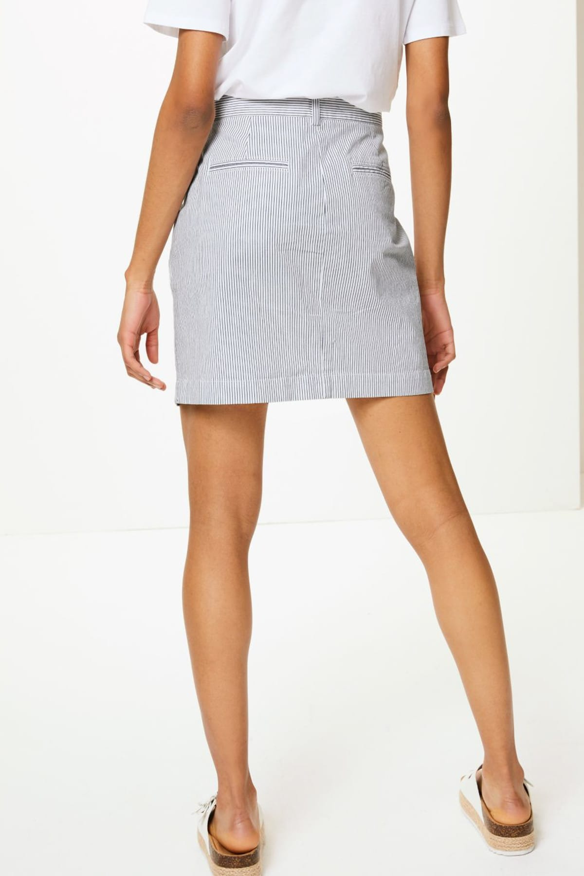 Marks & Spencer Kadın Beyaz Çizgili Mini Etek T57009705B