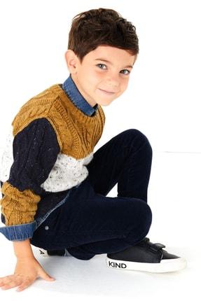 Picture of Bej Erkek Çocuk Renk Bloklu Kazak
