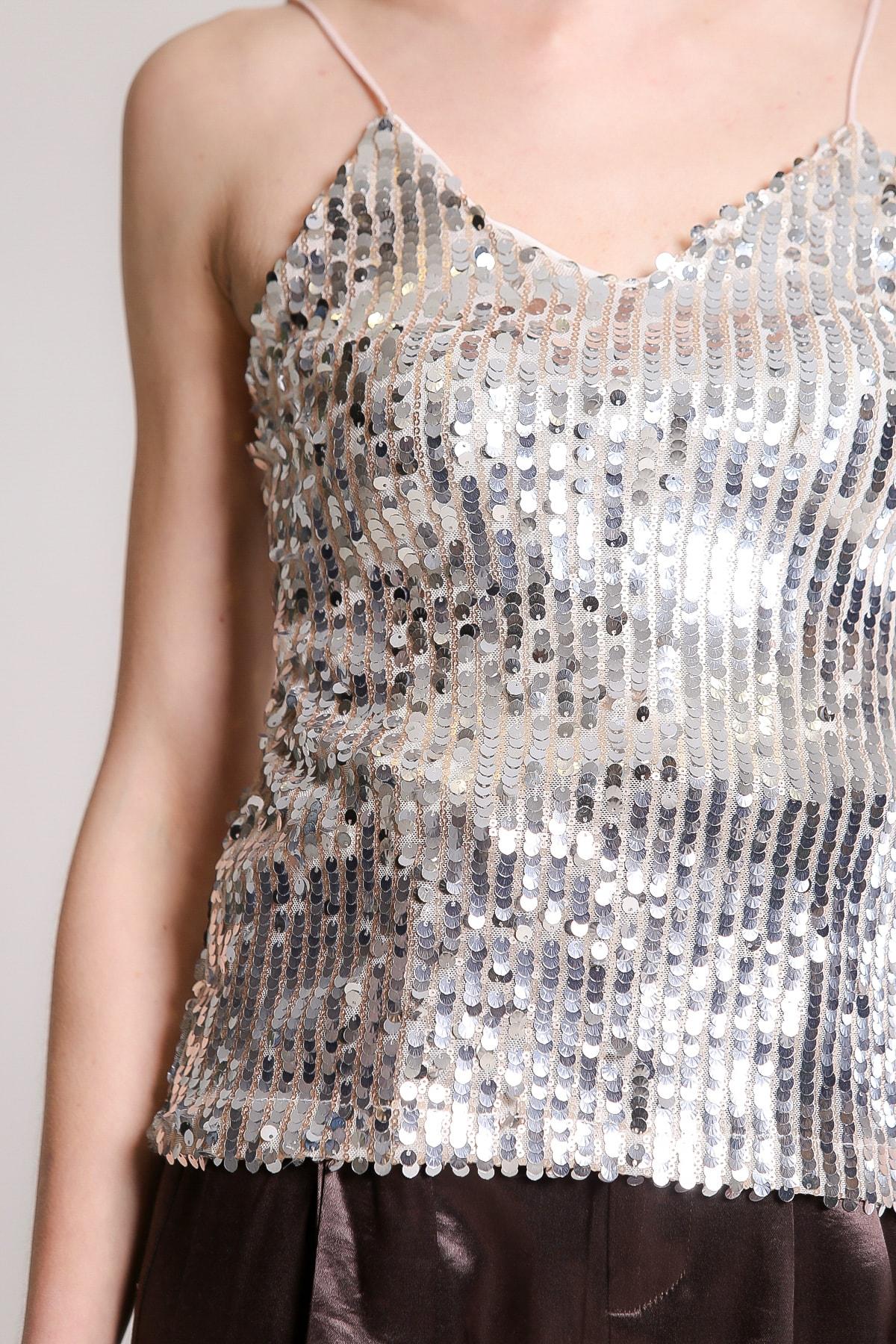 Chiccy Kadın Gümüş Retro Askılı Balık Pul Payetli Bluz M10010200BL96731 3