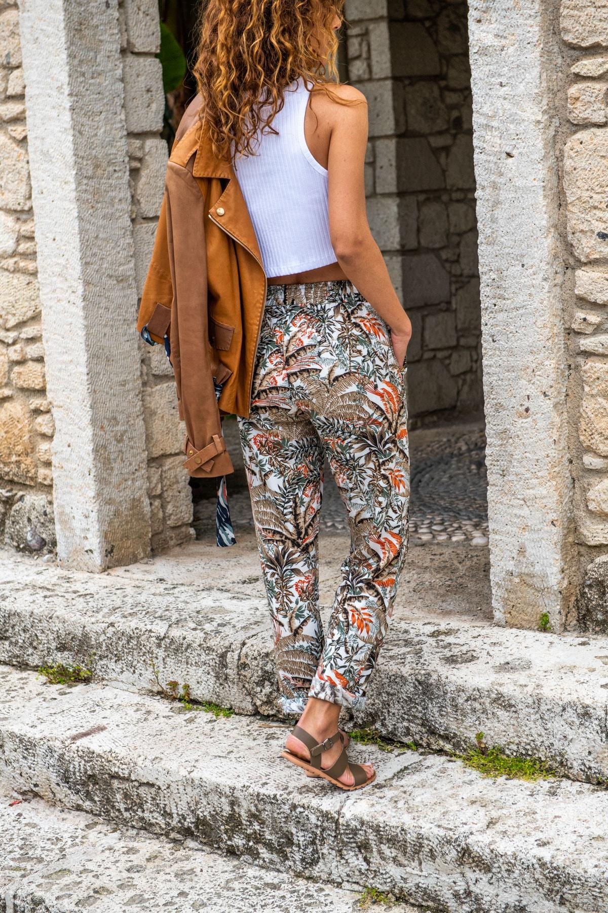Güneşkızı Kadın Haki Beli Lastikli Cepli Dar Paça Salaş Pantolon GK-CCKCC4003 1