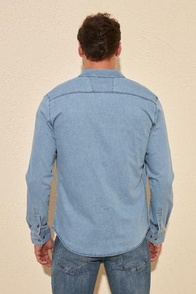 TRENDYOL MAN Mavi Erkek Likralı Kalın Cep Şeritli Regular Fit Denim Gömlek TMNSS20GO0106 4