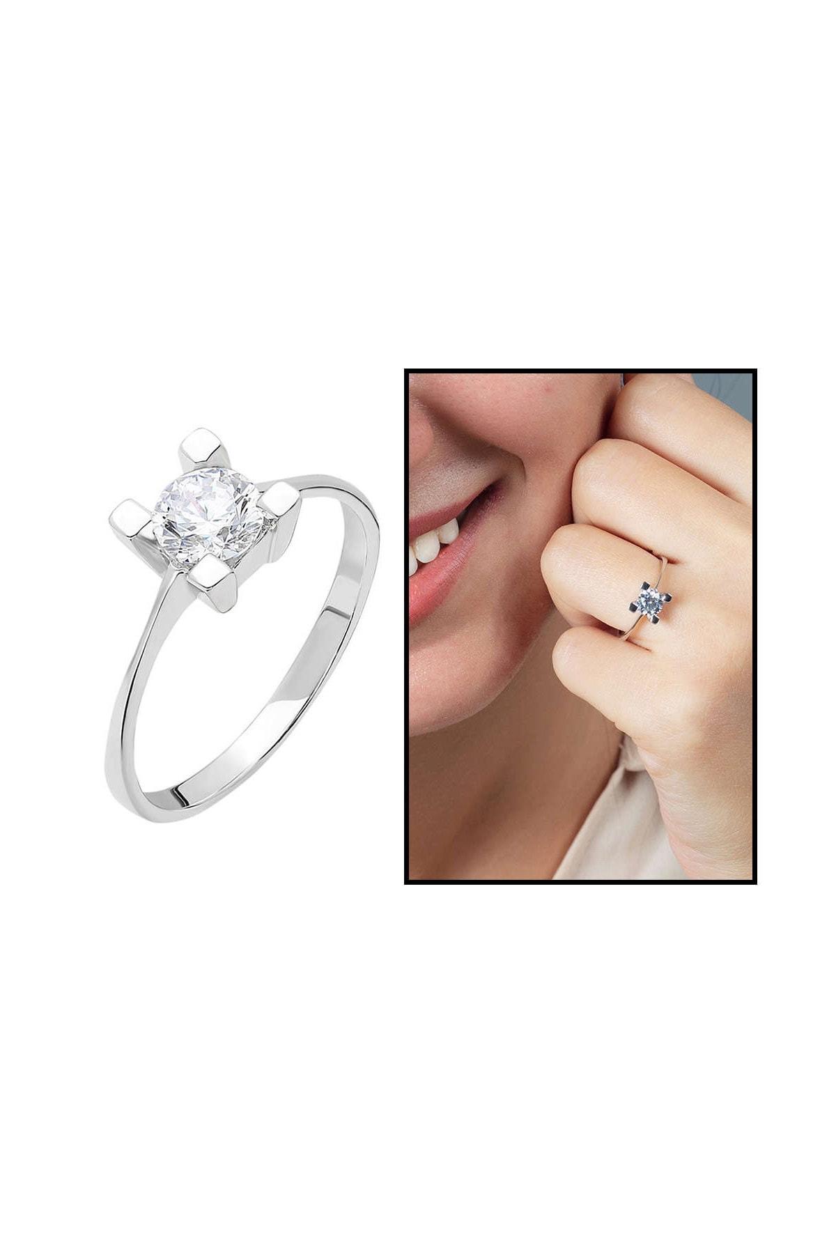 Tesbihane Starlight Diamond Pırlanta Montür Kare Tasarım 925 Ayar Gümüş Bayan Tektaş Yüzük 102001785 1