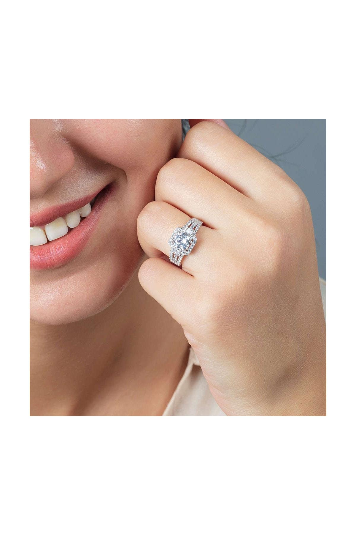 Tesbihane Starlight Diamond Pırlanta Montür Efektli 925 Ayar Gümüş Bayan Baget Yüzük 102001799 2