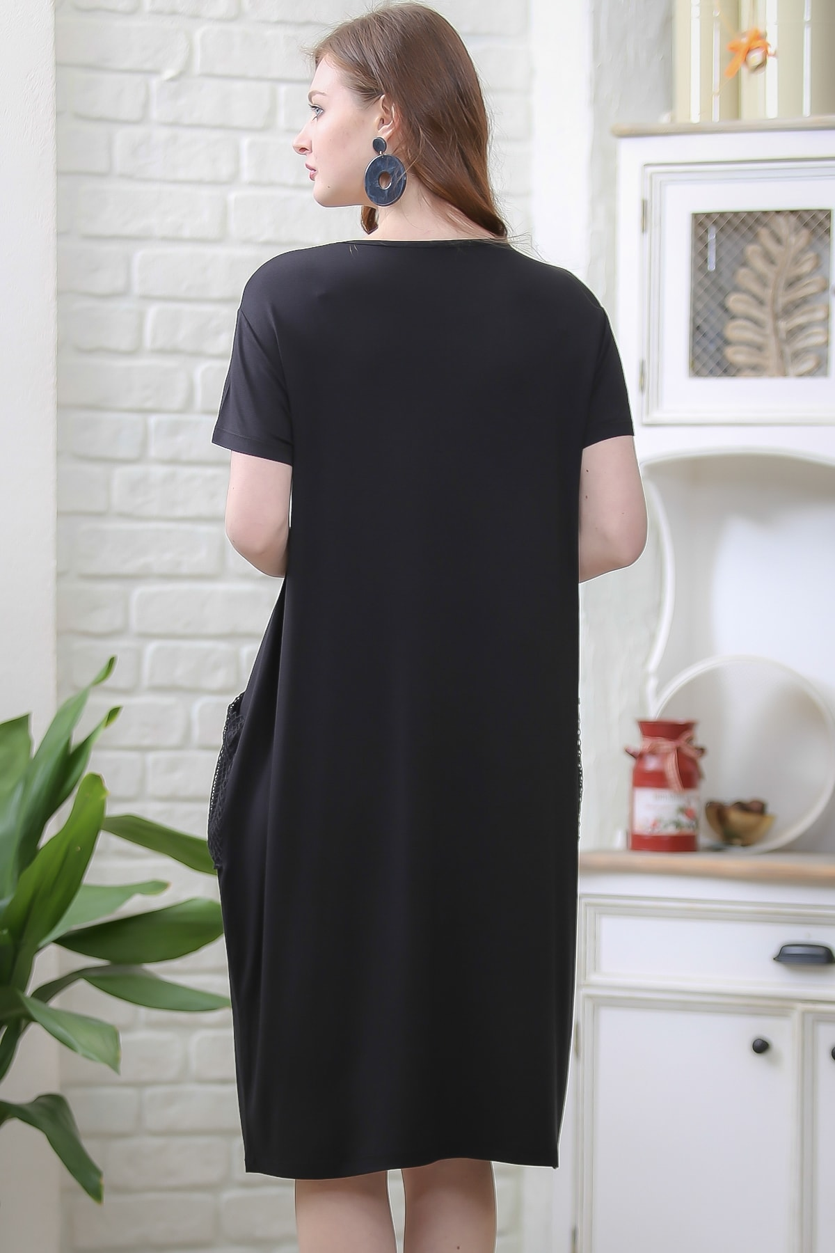 Chiccy Kadın Siyah Retro File Cep Detaylı Kısa Kollu Salaş Elbise M10160000EL97336 3