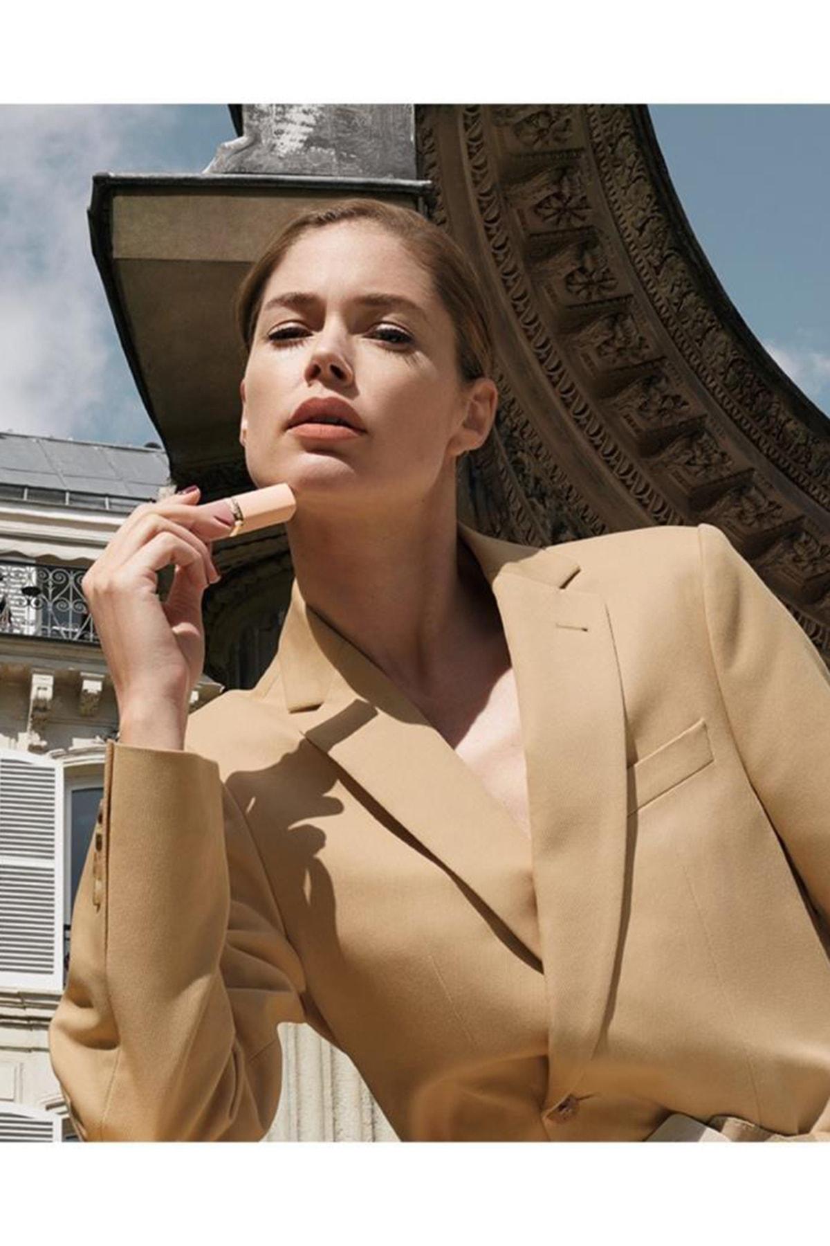 L'Oreal Paris Ruj - Color Riche Free The Nudes 09 No Judgment 3