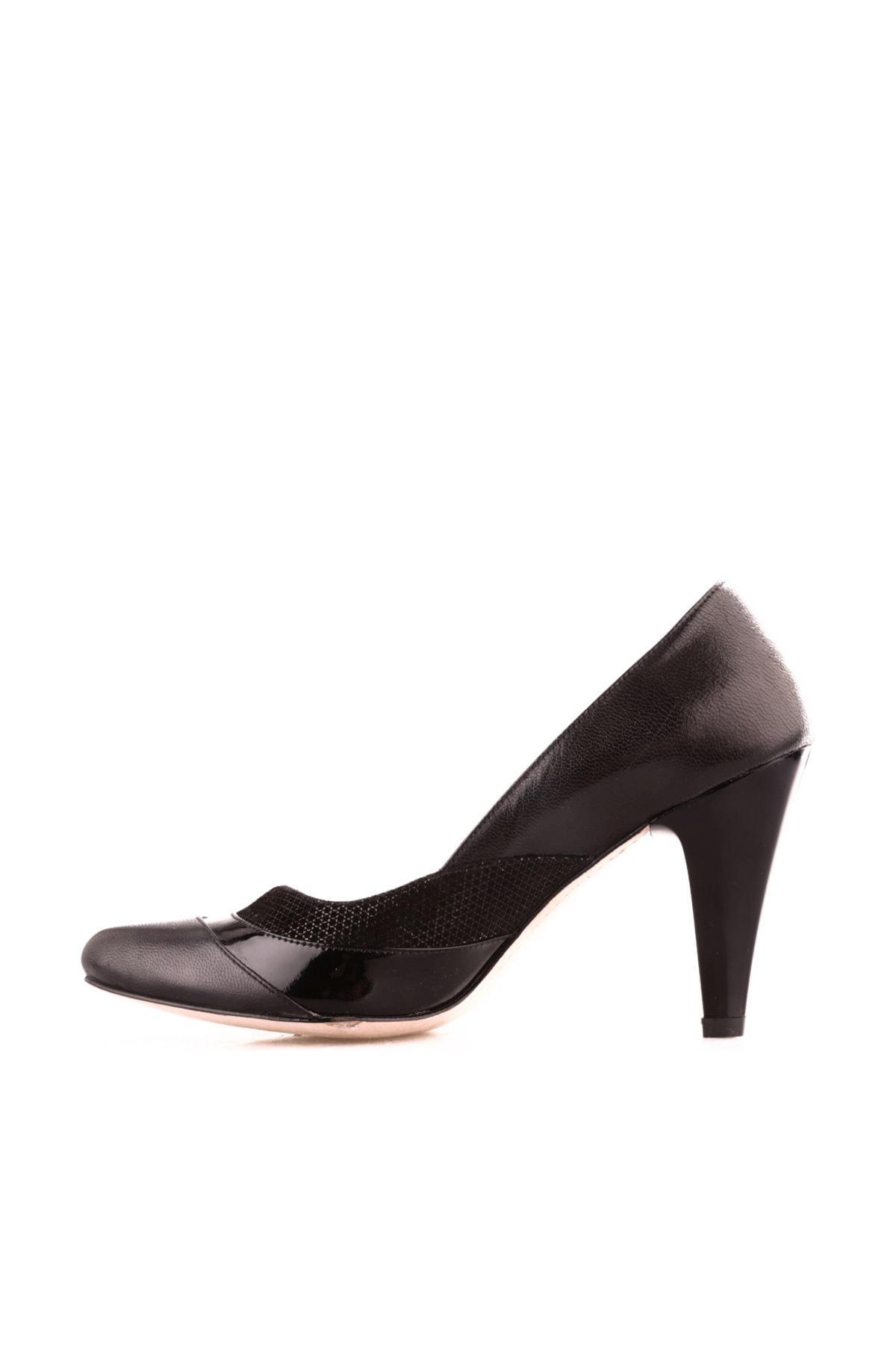 Dgn Siyah Kadın Klasik Topuklu Ayakkabı 300-127