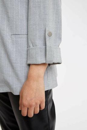Defacto Kadın Gri Katlamalı Kol Blazer Ceket N5050AZ.20SP.GR138 2