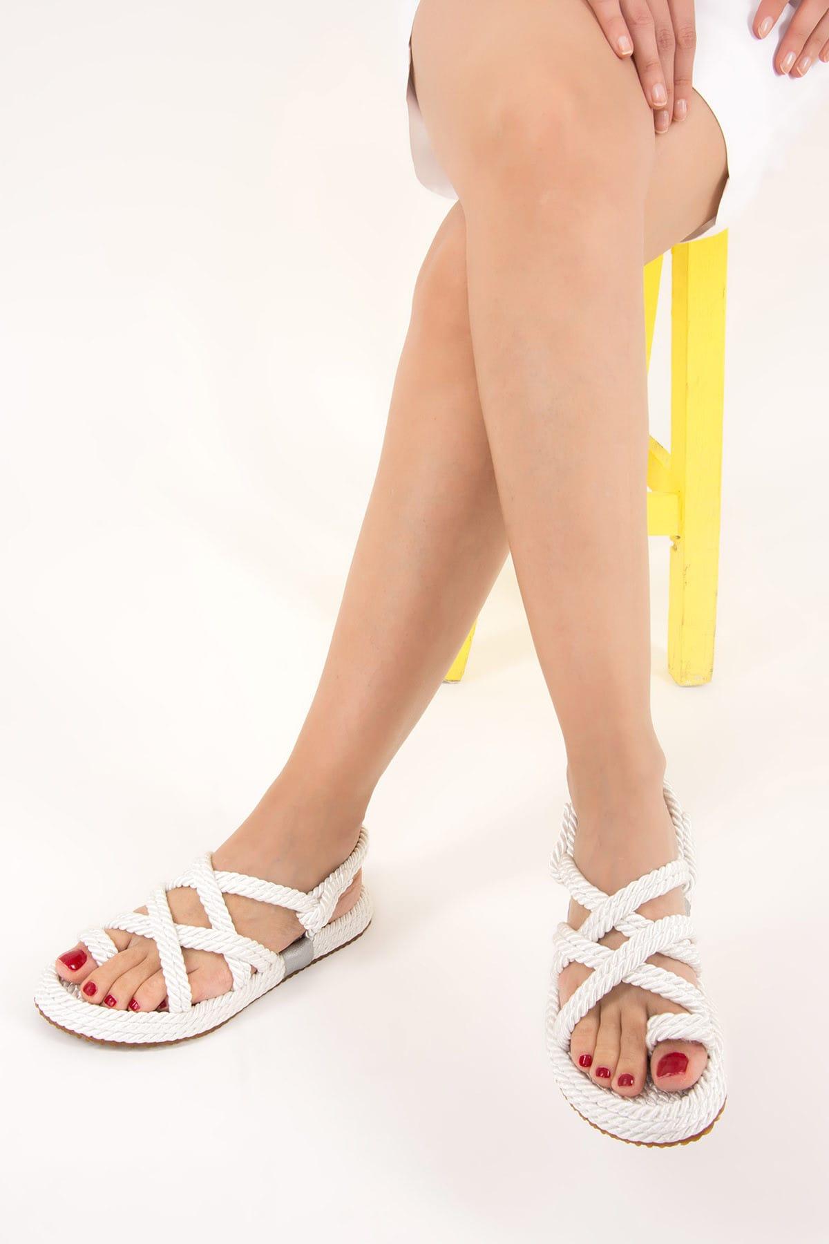 Beyaz Kadın Sandalet F470135104